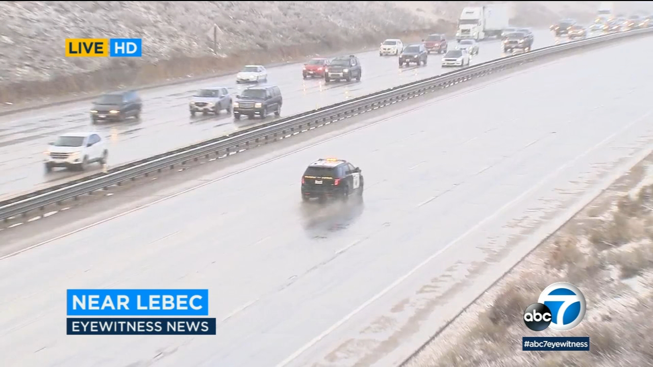 Snow in the Grapevine area is creating dangerous conditions for drivers on the I-5.