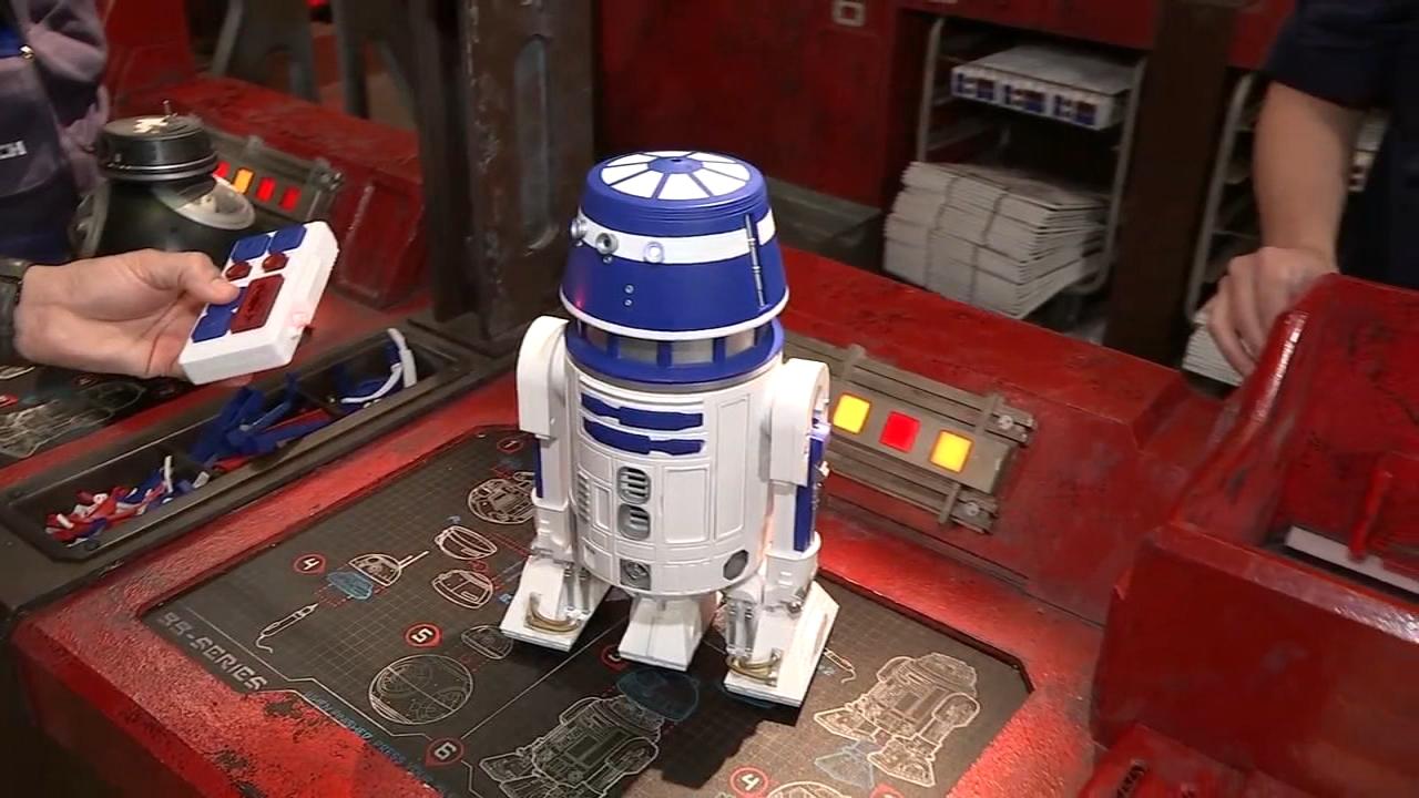 New Disney Star Wars Galaxy/'s Edge Droid Depot Black Clear Custom R2 Astromech