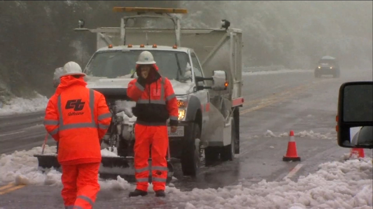 Snow levels rise in China Peak. Road closures slows down business