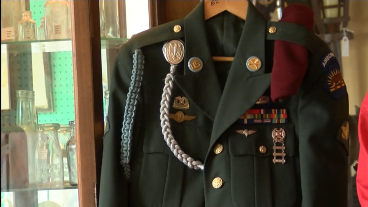 Veteran finds uniform at antique store in Bakersfield three years after it was lost