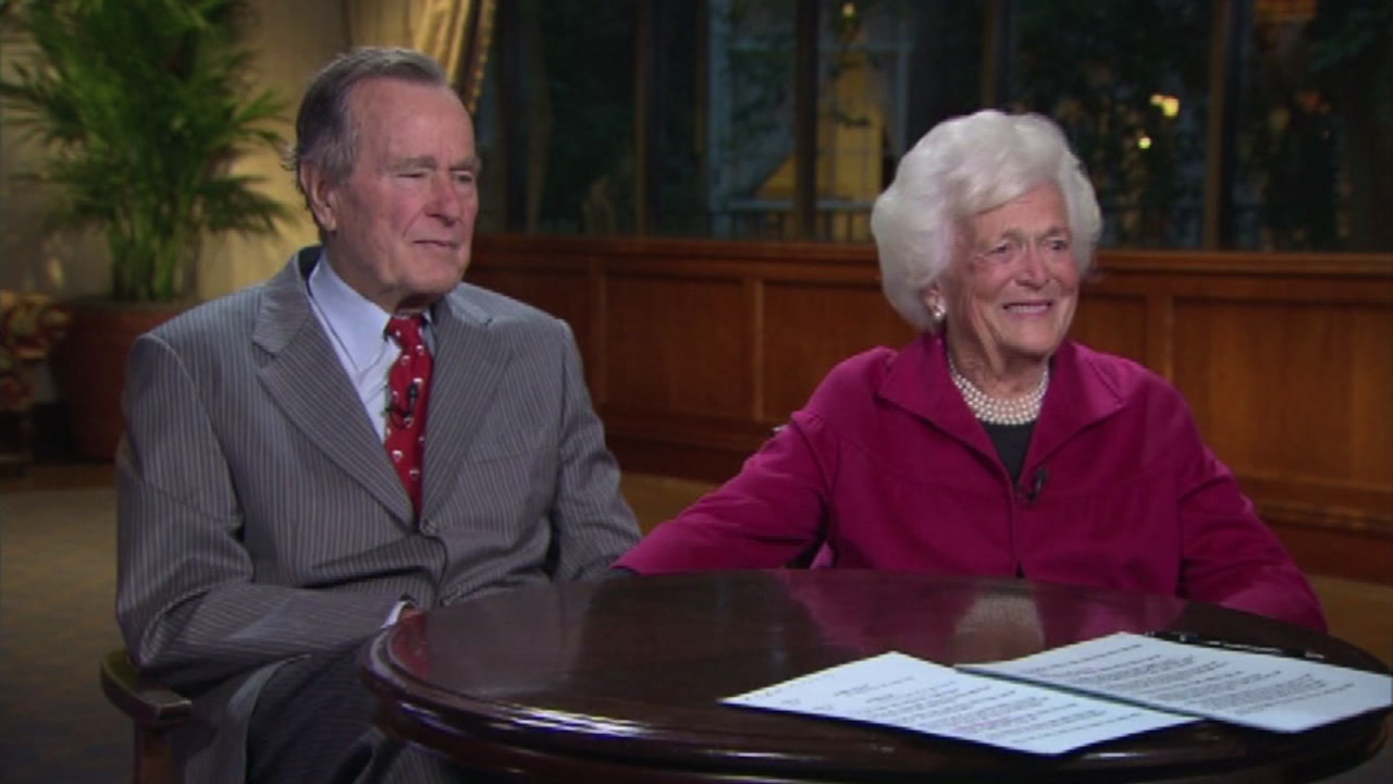 Lawmakers want to honor the memory of President George H.W. Bush and his wife Barbara by putting their faces on a coin.
