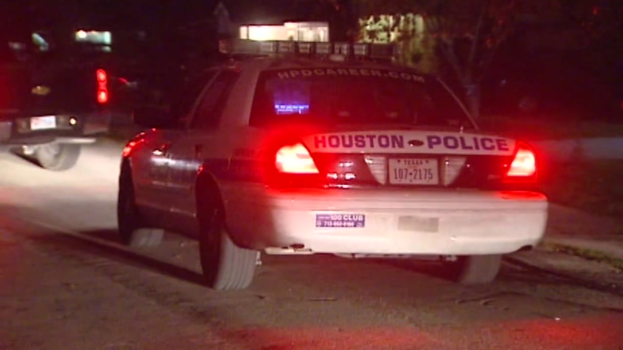 No-knock raids are coming under greater scrutiny after two botched raids involving the same HPD officer.