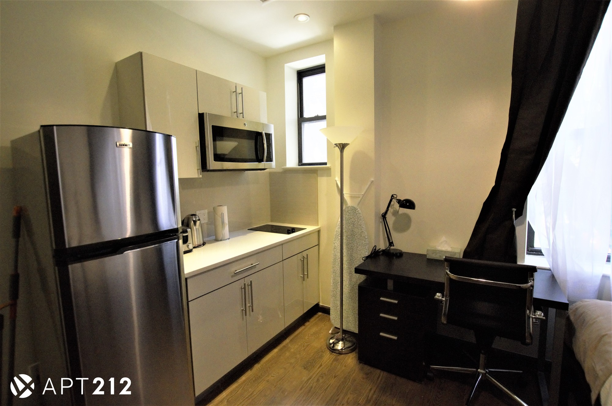 35 E. Seventh St., #1R. | Photos: Zumper