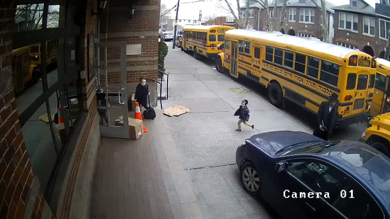 Video shows driver using sidewalk to pass NYC school buses