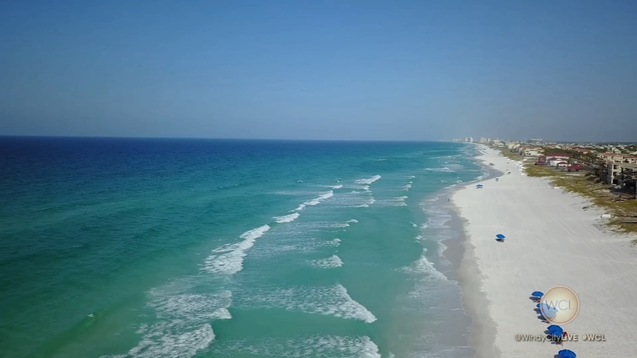 The sunny warmth of Florida is the perfect place to lose the winter blahs, and the Emerald Coast is a beautiful getaway!