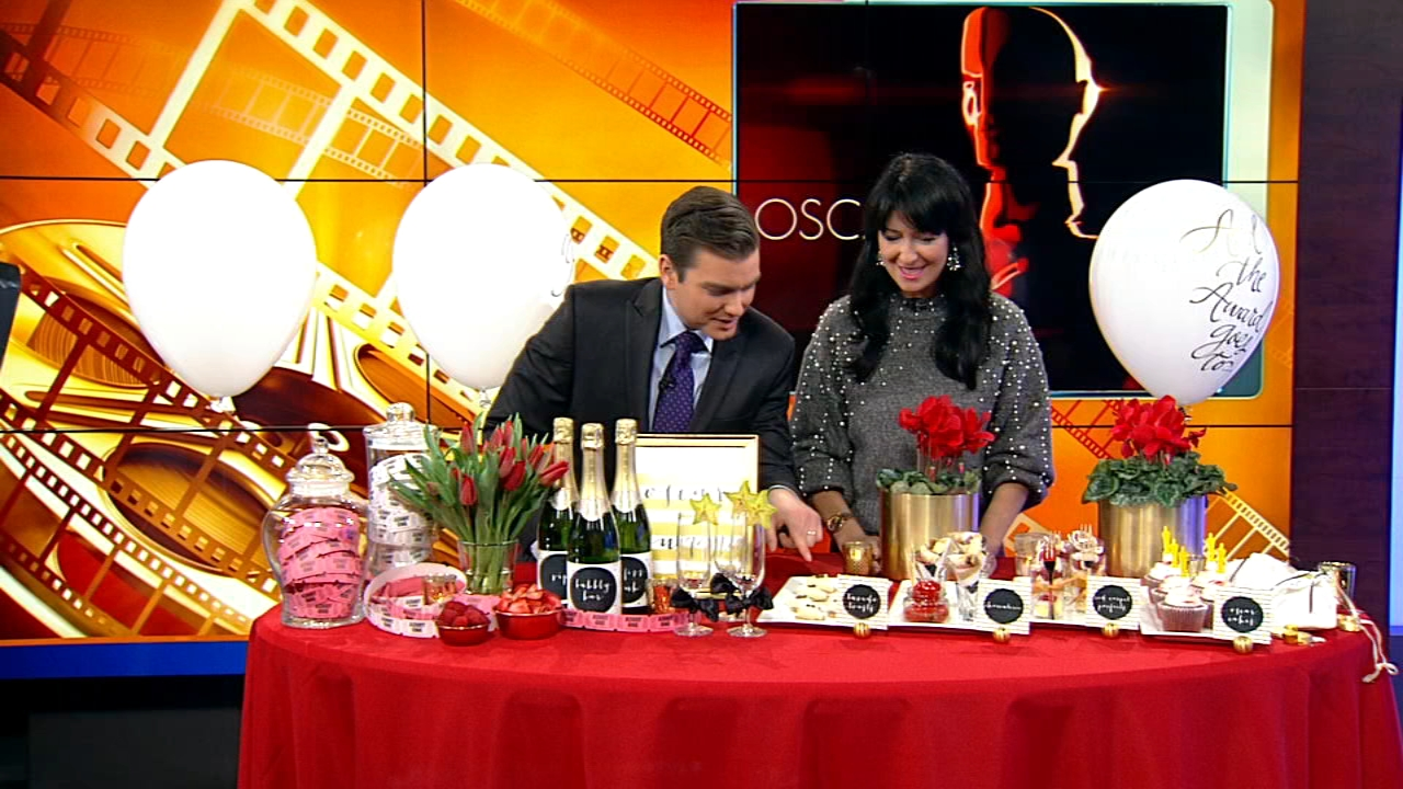 Party planner Debi Lilly gave her best ideas for a winning Oscars party.