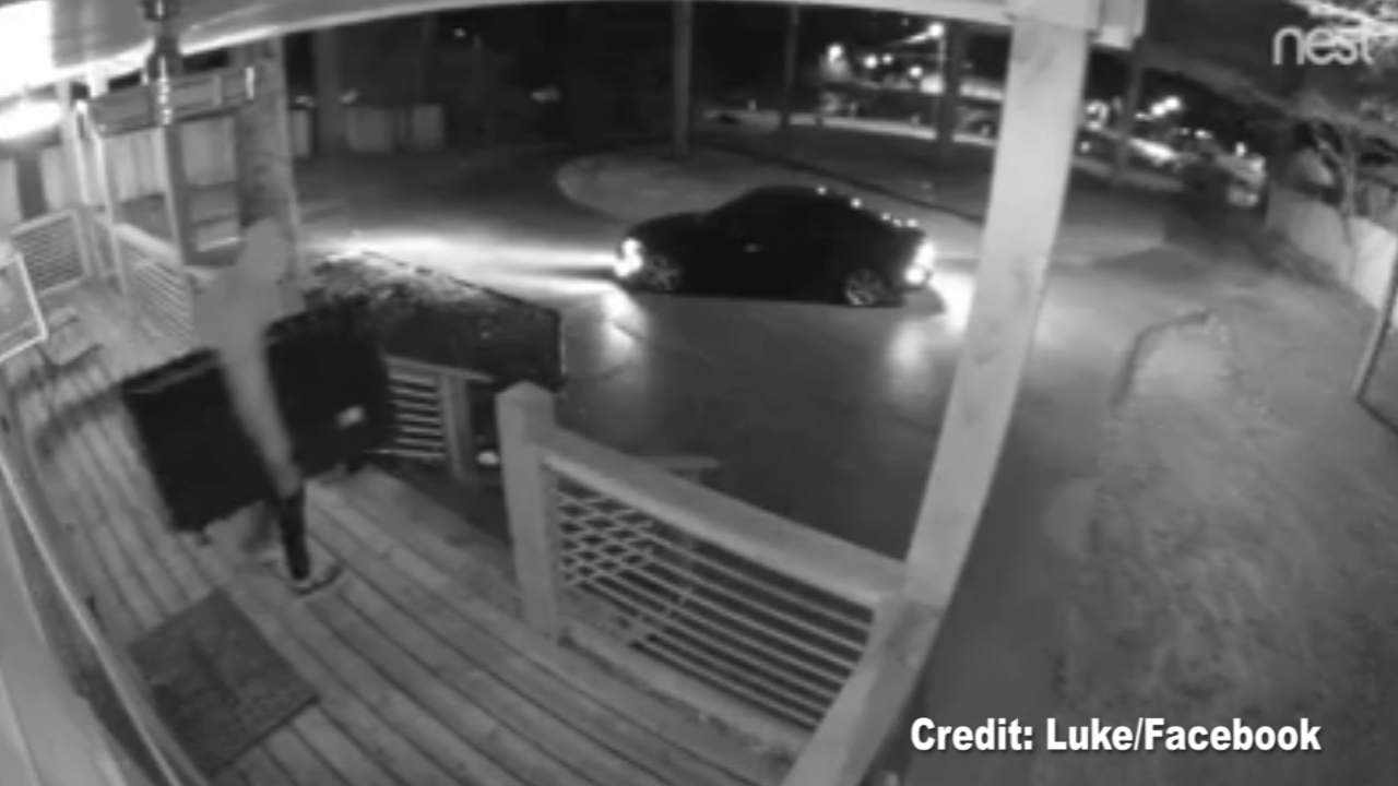 A surveillance video of an Airbnb renter taking a flat screen TV from the Atlanta home has gone viral after the owner of the Airbnb posted it to Facebook.