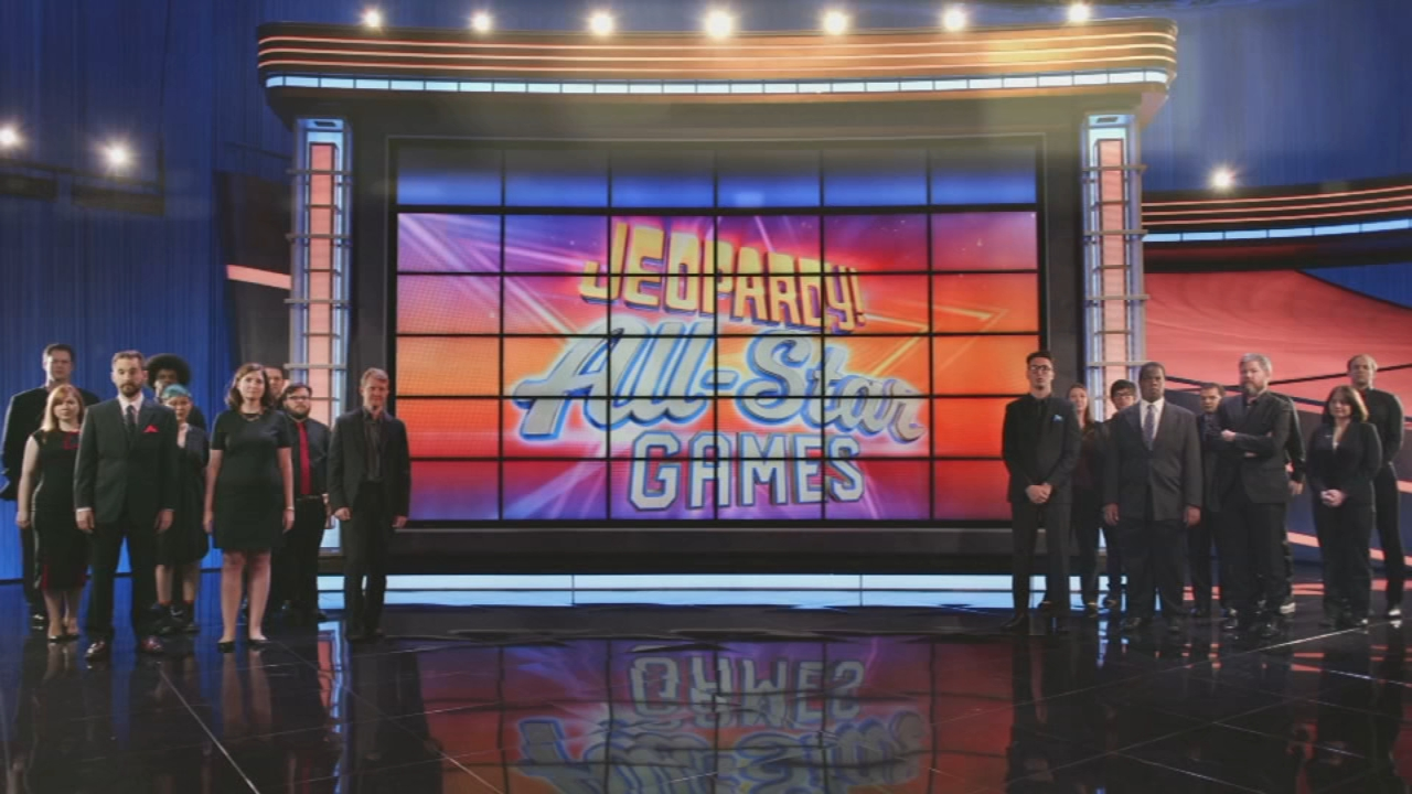 For the first time in Jeopardy! history, six of the shows contestants are now captains in a brand new team championship, including Chicagoans Julia Collins and Colby Burnett.