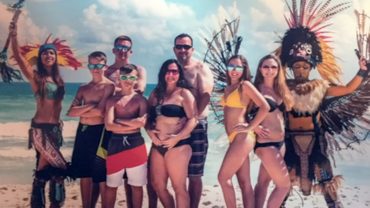 They were supposed to be dream vacations, but travelers said they turned into billing and booking nightmares. Now some customers are fighting for full refunds.