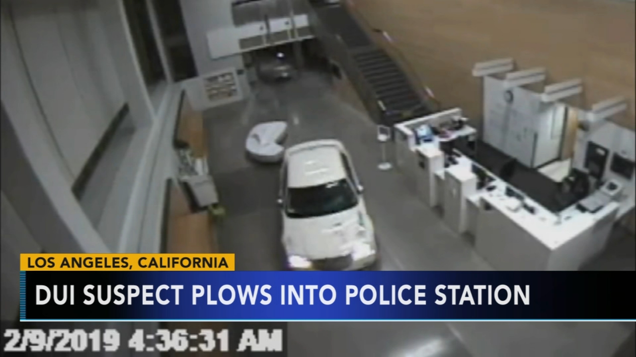 Woman under the influence crashes into police station. Nydia Han reports during Action News at 6 a.m. on February 10, 2019.