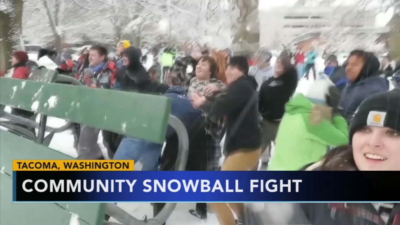 Hundreds show up for massive snowball fight in Washington. Nydia Han reports during Action News at 9 a.m. on February 10, 2019.