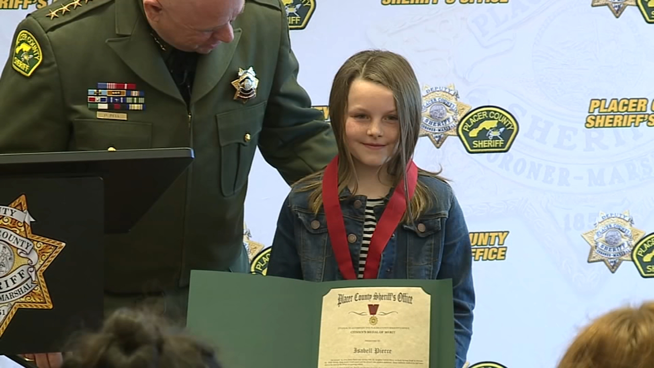 A third grader in California is being recognized for her courage in the face of a terrifying scenario.