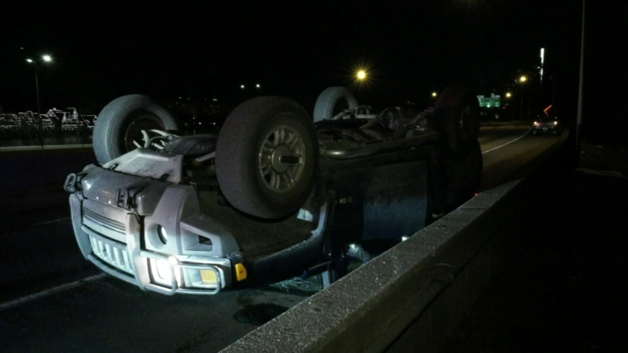 Vehicle overturns after being involved in crash on the Schuylkill Expressway. Gray Hall reports during Action News at 6 a.m. on February 17, 2019.