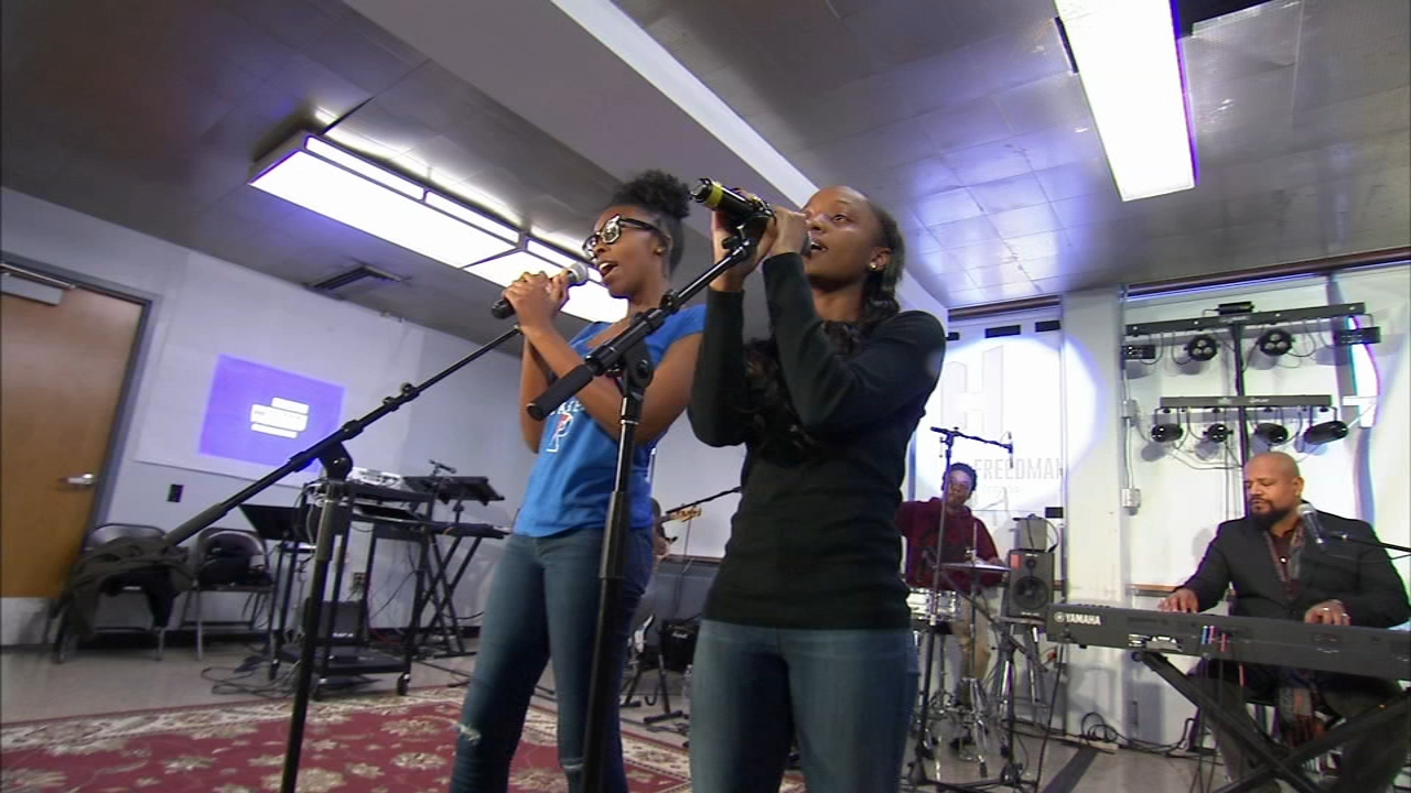 LiveConnections works to create the next generation of musicians. Nydia Han reports during Action News at 6 a.m. on February 17, 2019.