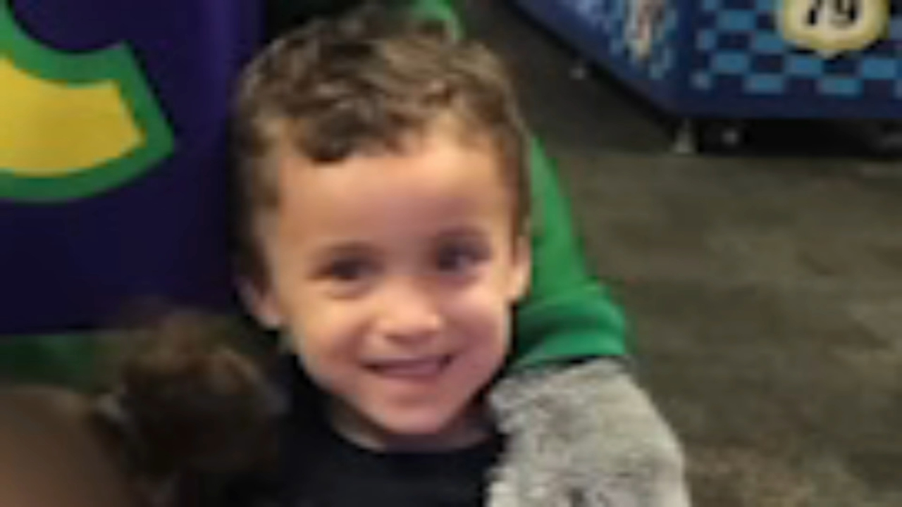 Police: Boy, 4, dies after being impaled by piece of glass. Jeannette Reyes reports during Action News at 12 p.m. on February 21, 2019.