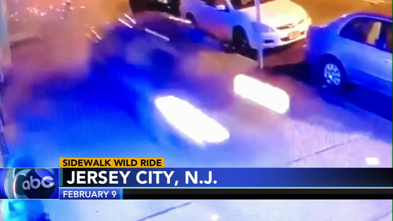 Alleged drunk driver drives on sidwalk, crashes into pole: as seen on Action News at 11 p.m., February 22, 2019