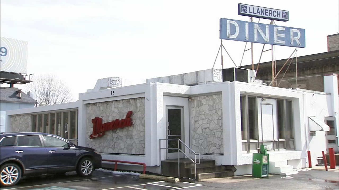 Fans flock to diner where Bradley Cooper filmed movie. TaRhonda Thomas reports during Action News at 5 p.m. on February 23, 2019.