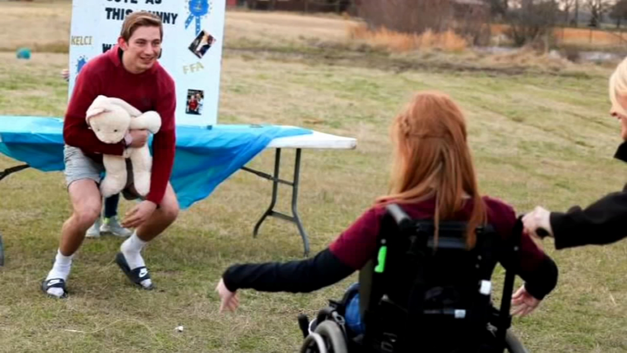 Texas promposal is sure to tug on your heart strings. Gray Hall reports during Action News at 6 a.m. on February 23, 2019.