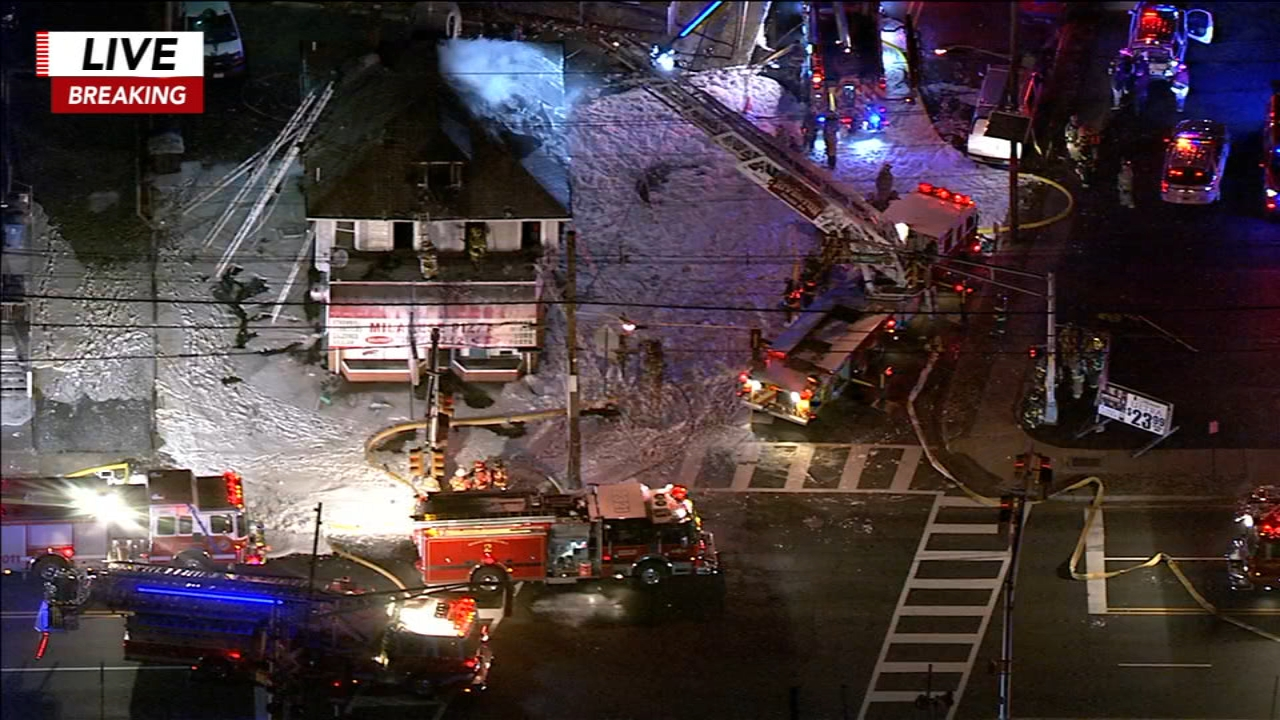 Firefighting foam surrounds N J  pizza shop, 1 injured in