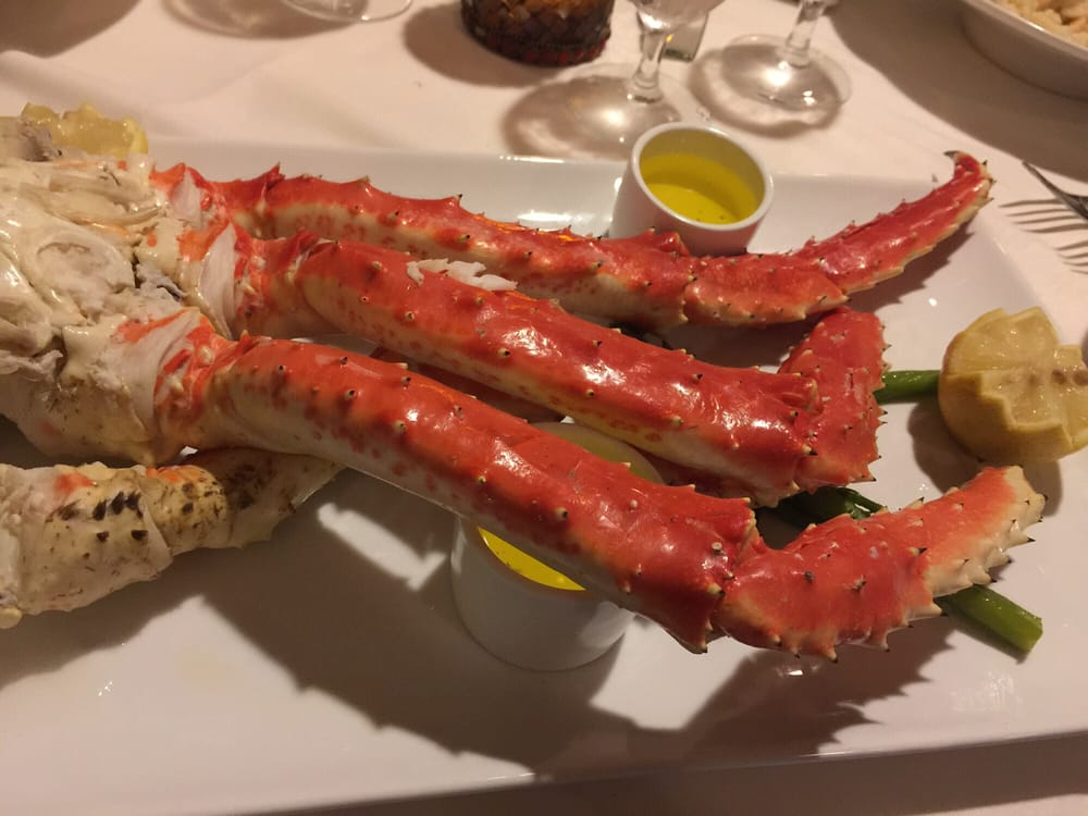 Knife and Fork Inn. | Photo: Gail M./Yelp