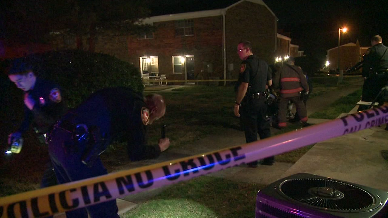 Durham police are investigating after a shooting sent a man to the hospital.